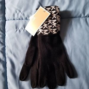 Womens michael kors gloves NWT